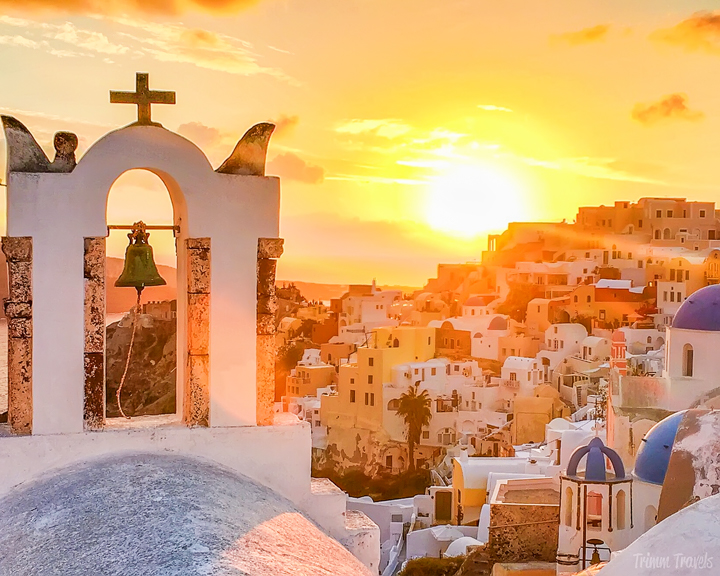 best sailing for sunsets in santorini greece