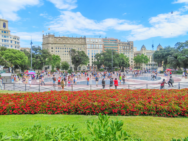Plaça de Catalunya Plaza Catalonia Plaza de Cataluña Best Places to See First Time Visitor Barcelona Spain