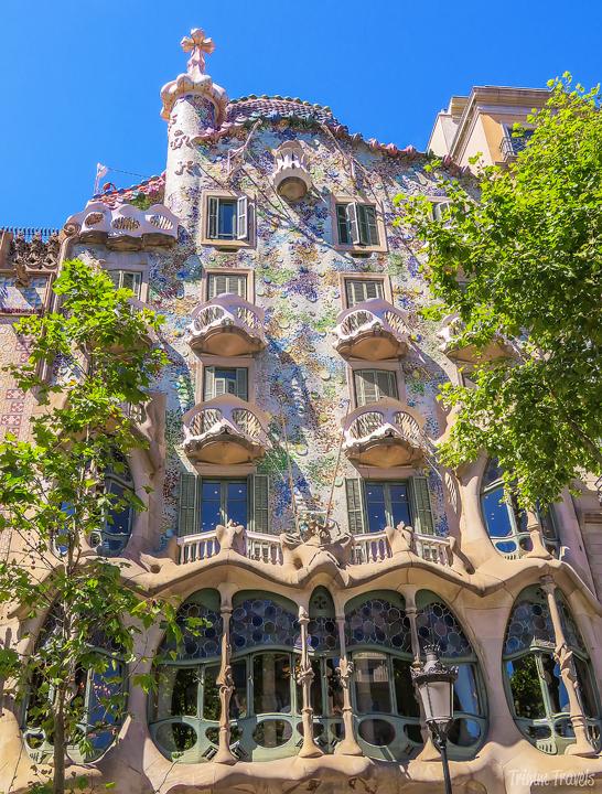 exterior of Casa Batllo A Gaudi Barcelona Tour