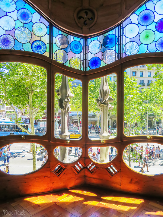 looking out onto the street from Casa Batllo A Gaudi Barcelona Tour