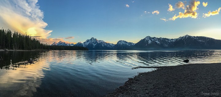 sunset at jackson lake in grand teton