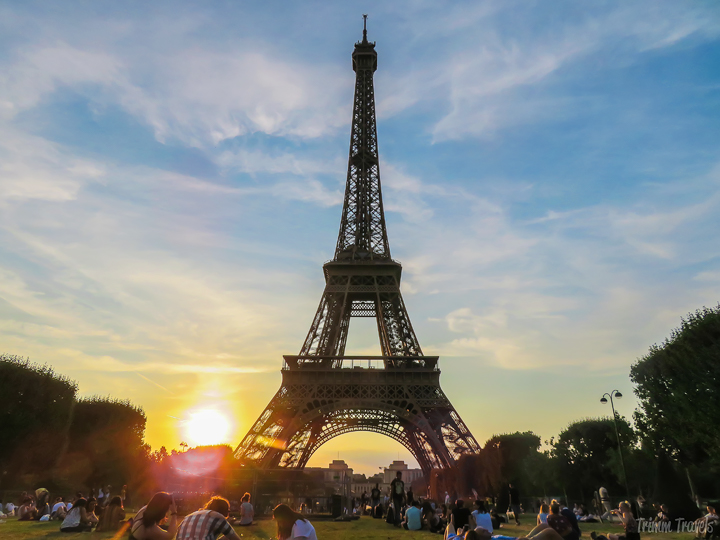 Eating in Paris is one of, if not the best way to get to know the capital city of France. Where should you start? With my foodie's guide to Paris of course! #paris #france #europe #food #foodie #foodtour #wheretoeat #restaurants #foodguide #travel #destinations
