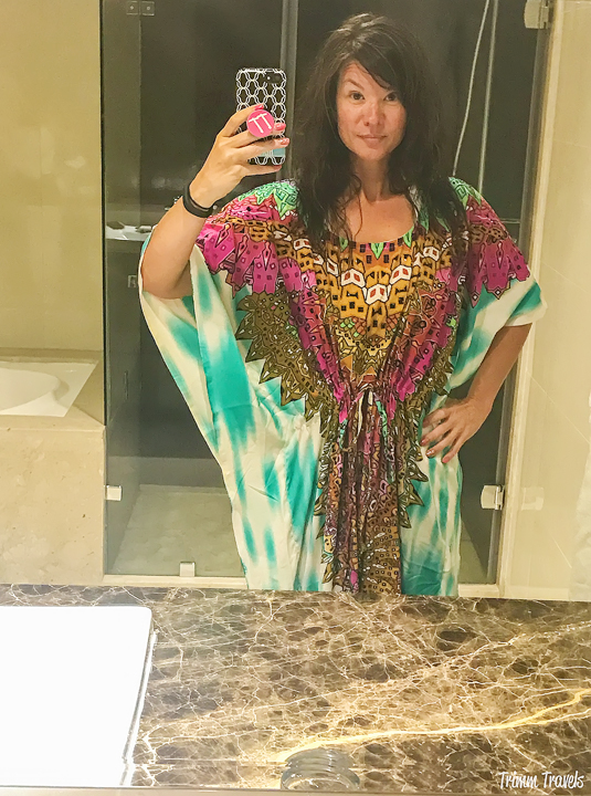 What to wear in Morocco to keep covered yet stay cool. That was my problem too. These items were key AND and were a hit with Moroccans! #morocco #moroccan #packing #traveltips #whattowear #packinglist #travel