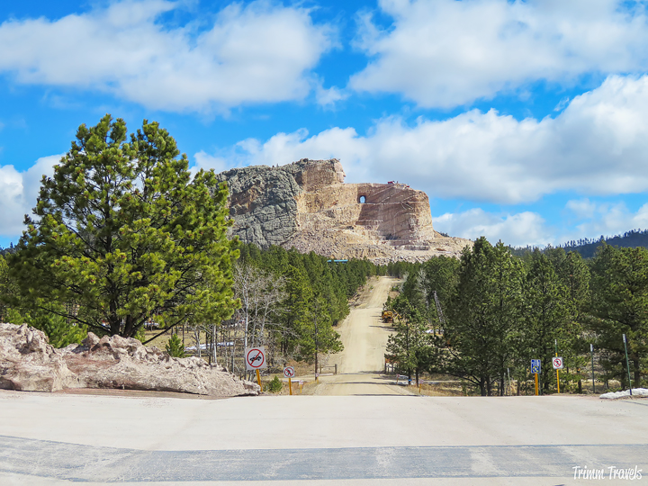If you're driving through and wondering what to do, check out these things to see in South Dakota. There are some interesting attractions and places to eat! #southdakota #attractions #thingstosee #food #foodie #restaurants #travel #itinerary #destinations