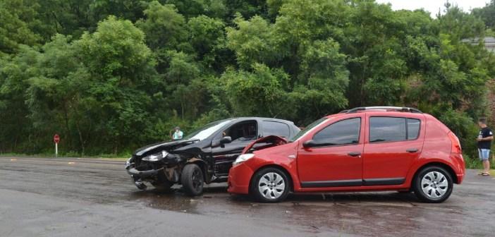 Acidente de trânsito deixa uma mulher ferida em Ronda Alta