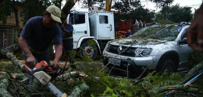 Temporais causam estragos no Rio Grande do Sul