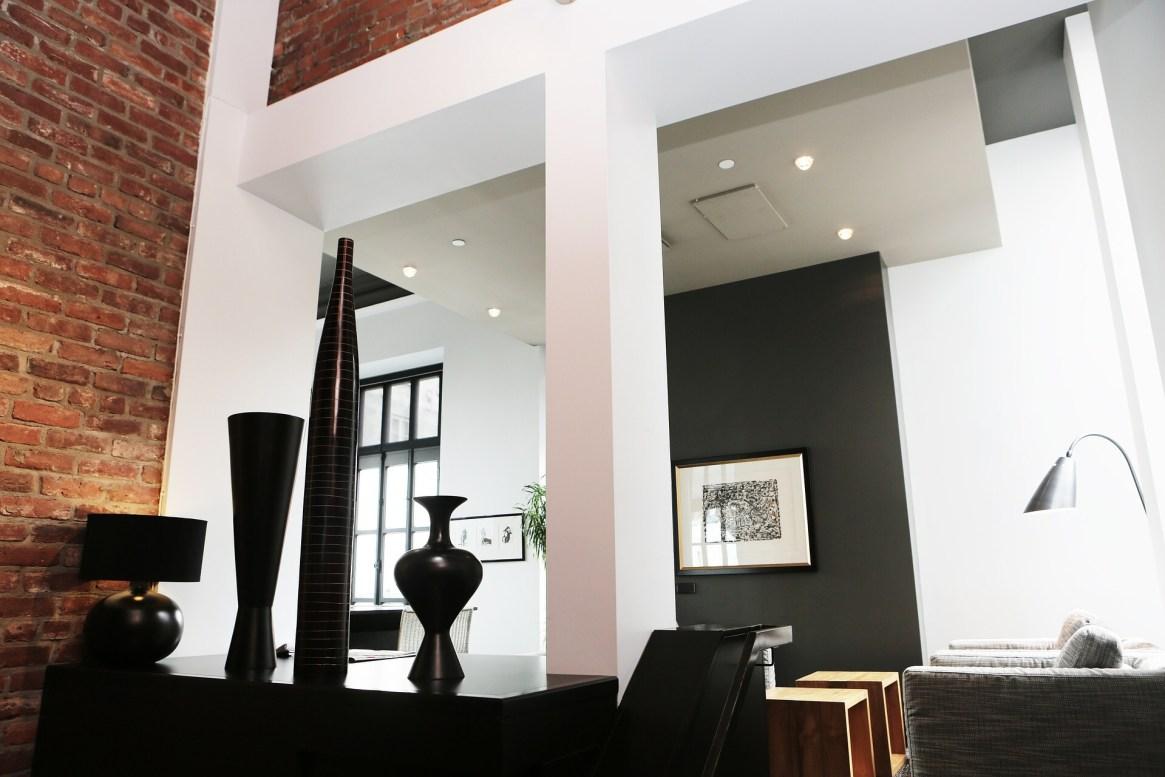Should you hire an interior designer or a decorator - Should i hire an interior decorator ...