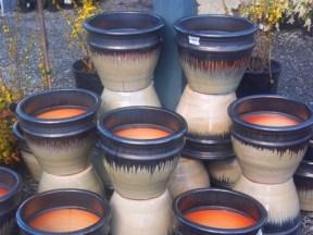 Glazed pottery: Rome Pots