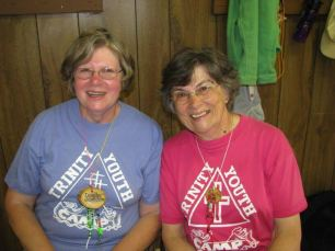Dorothy and Annette never stop smiling!