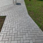 Trinkelių grindinio klojimas