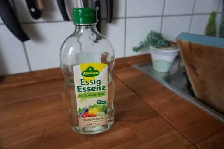 Flaschen reinigen Essig