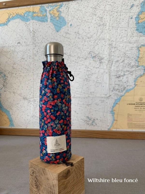 Gourde Inox double paroi 500ml et pochette 100% coton liberty. Wiltshire bleu foncé