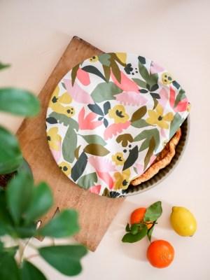 Charlotte à plat géante - couvre plat réutilisable - Feuilles- Trinquette Artisanat