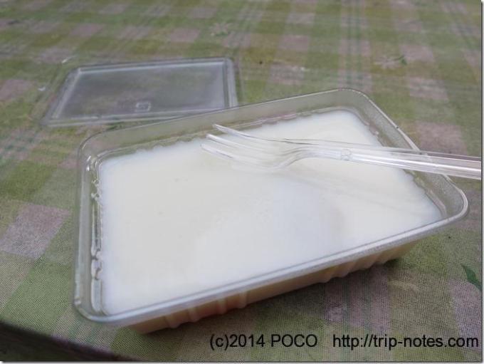 観音茶屋の牛乳プリン