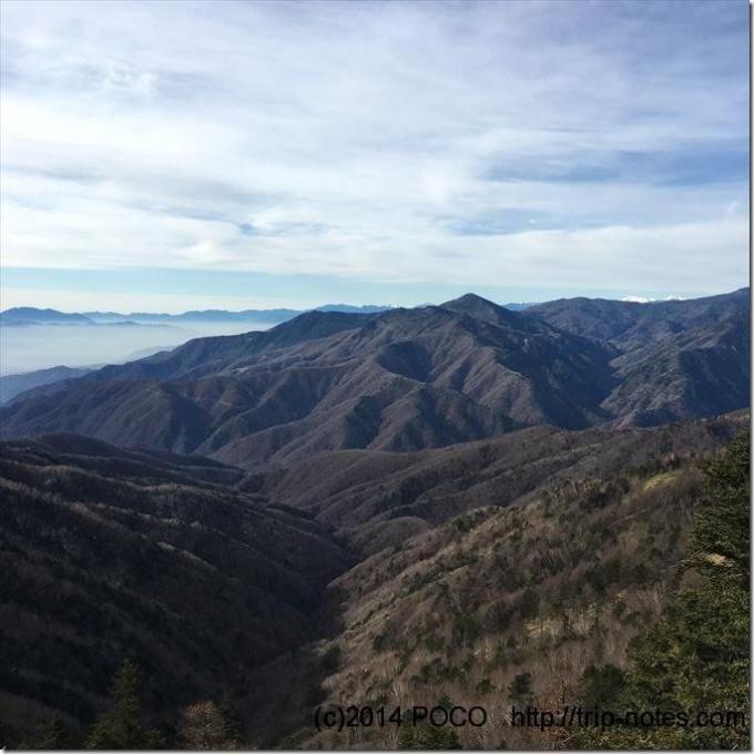 雁坂峠からの眺望