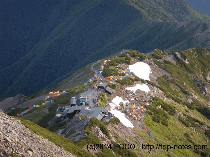 北岳肩の小屋のテン場