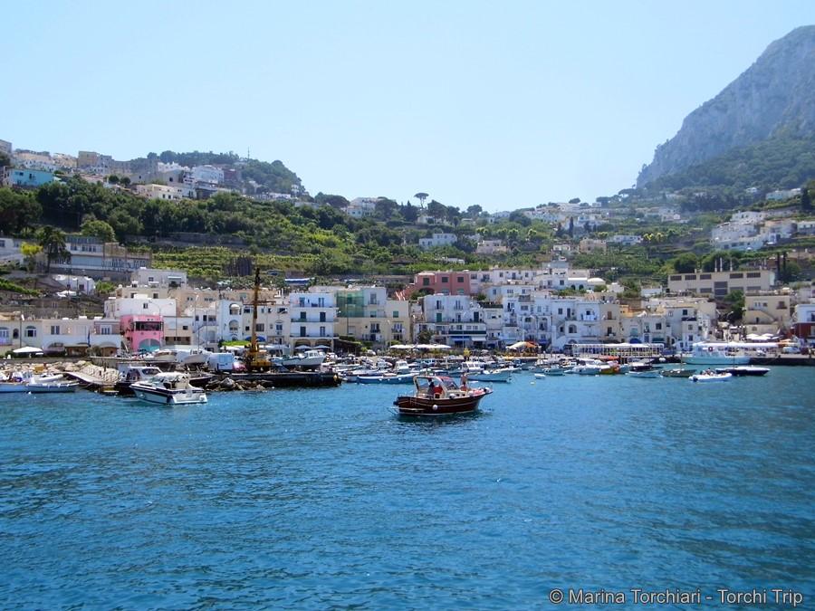 llegada-a-capri-en-ferry