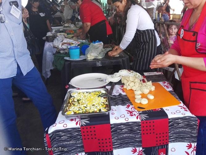 De todo menos caldito en la Fiesta Nacional de la Empanada en Famaillá