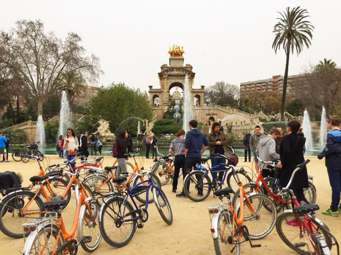 barcelona-bike-tour-best-travel-experiences-world