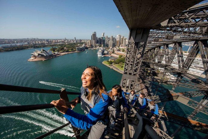 sydney-bridge-climb-best-travel-experiences-tours