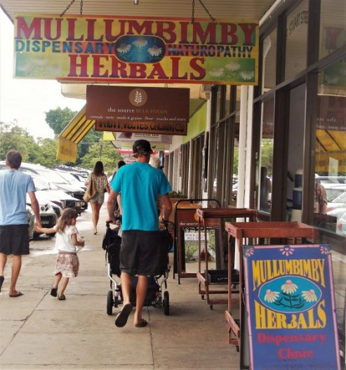Mullumbimby street and shops