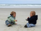 trip and twins - beachlife