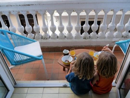 casco viejo panama avec des enfants