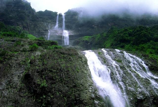 Kynrem Falls, Meghalaya