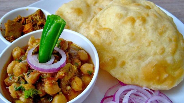 chole bhature in chandni chowk