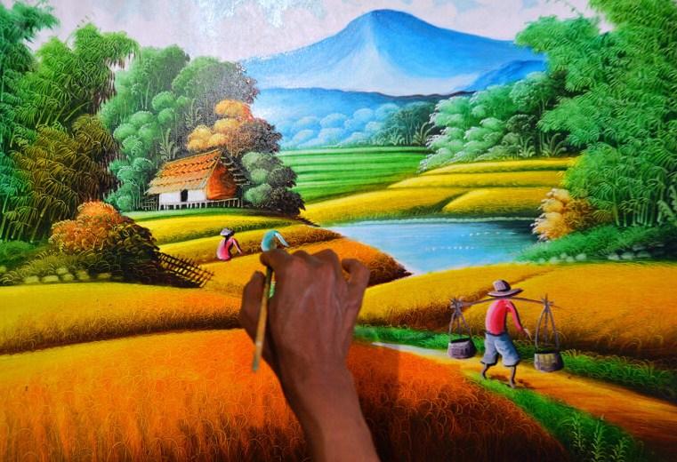 Jelaskan Bagaimana Cara Membedakan Karya Seni Rupa Murni dan Seni Rupa Terapan!