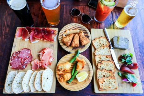 Tapas à partager, Naked for Satan, Melbourne