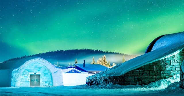 Hotels Made entirely of ice !