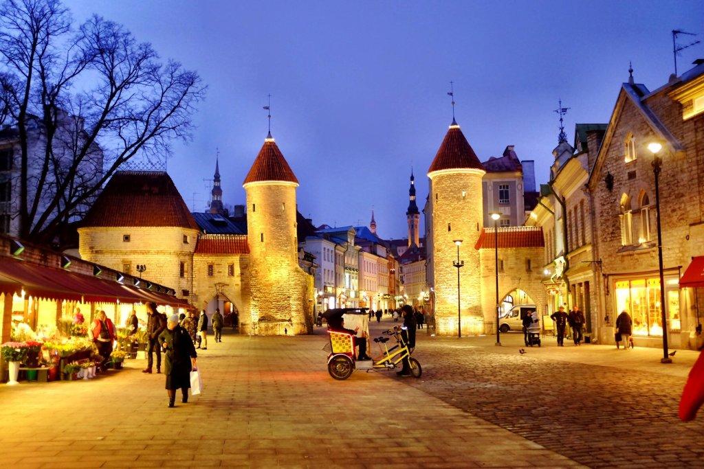 Tallinn city break Viru gate - Entrance to Tallinn with two guard towers in the evening.