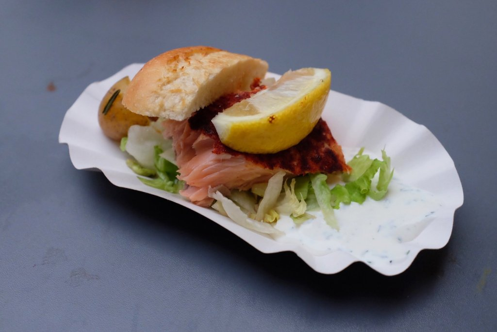 The actual salmon dish at the Street Food Festival Basel