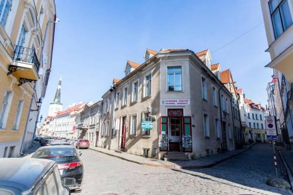 Tallinn Itinerary Old Town Hostel Alur