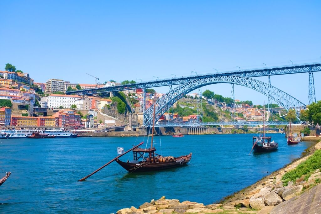 The Ponte Dom Luis at day. Three days in Porto