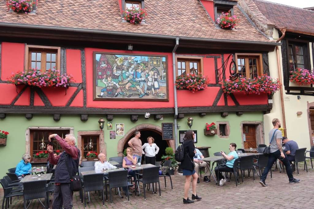 Alsace wine route - restaurant in Riquewihr