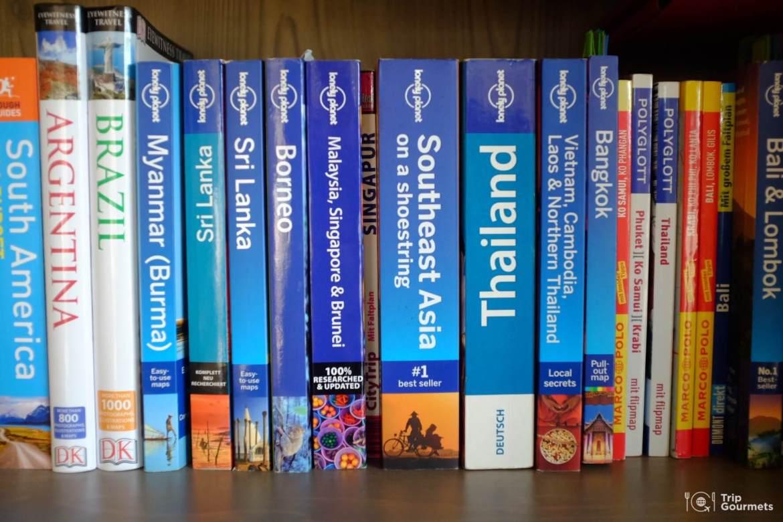 Full-time travel Travel guide books