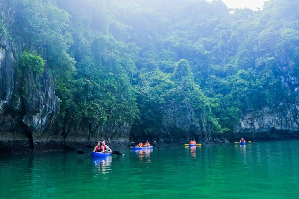 Halong bay cruise review kayaks lagoon group