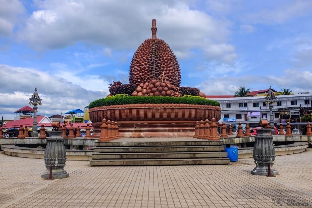 Things to do in Kampot Durian Roundabout