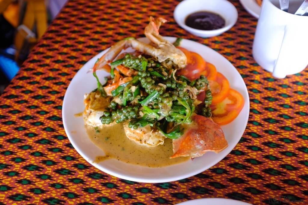 Things to do in Kampot Kep Crab seafood dish pepper