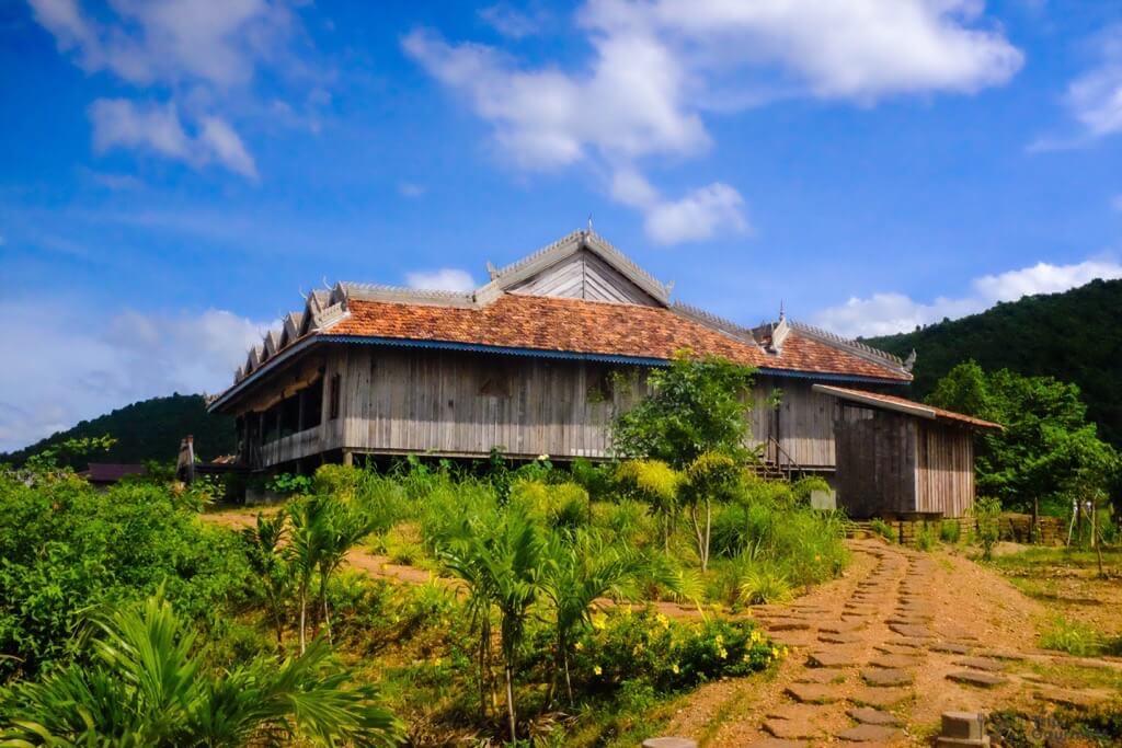 Things to do in Kampot cambodia La Plantation Main Building house