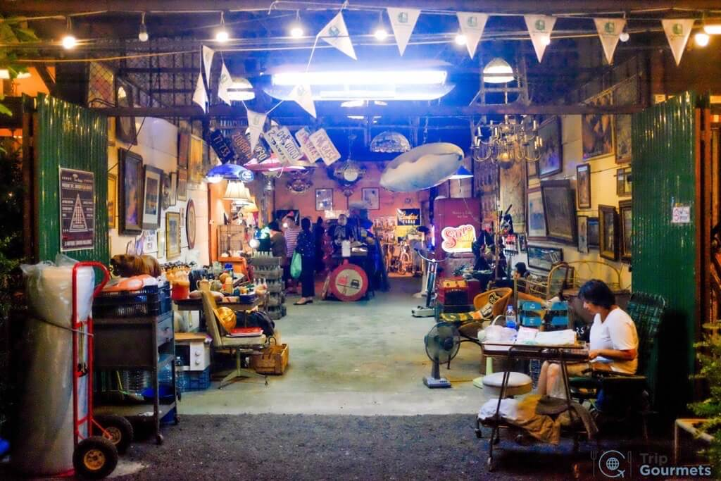 Best Markets in Bangkok Siam Gypsy Market garage