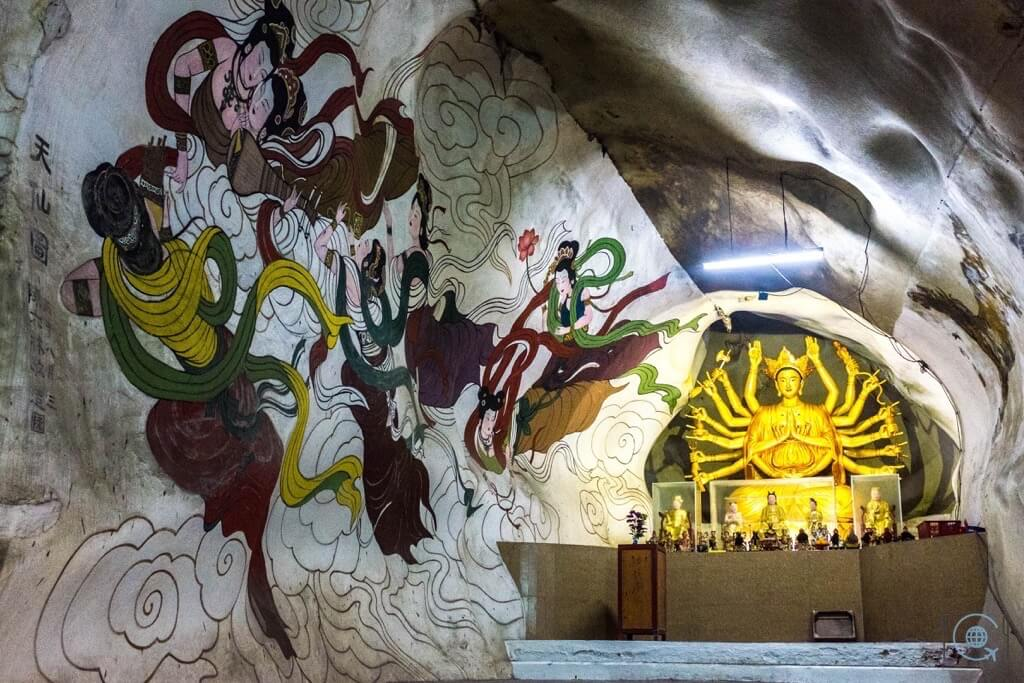 Things to do in Ipoh Perak Cave Temple Painting