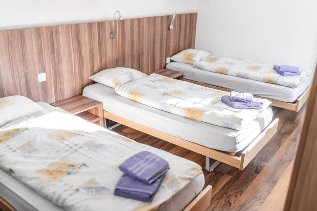 St Moritz Accommodation Hostel Pitsch