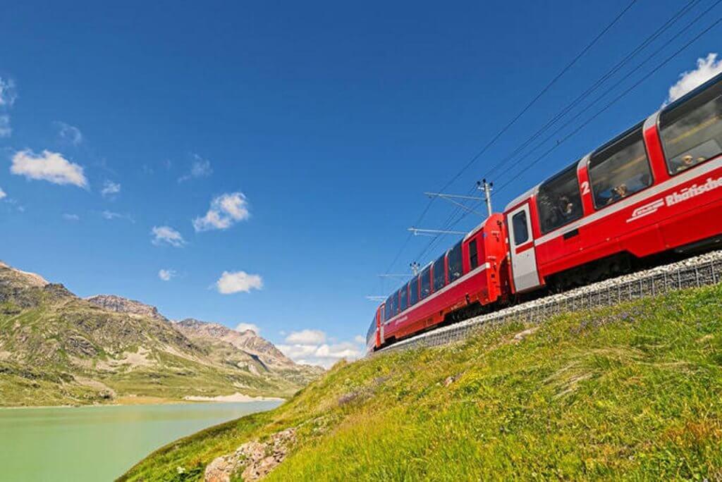 Things to do in St Moritz - Bernina Express