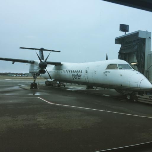 Avión Dash 8 de Porter Airlines