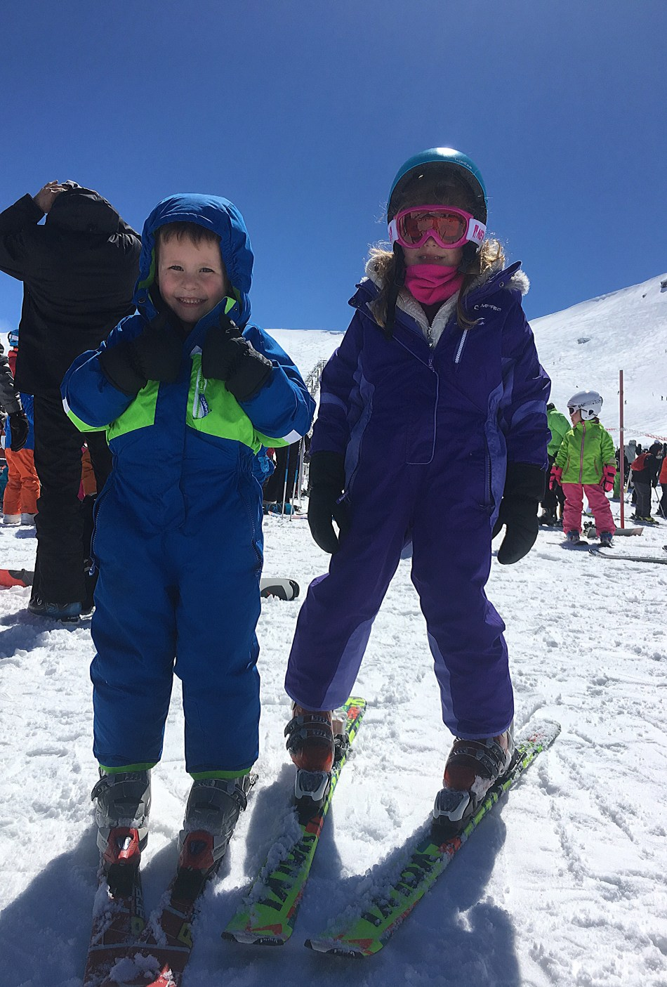Skiing in Sierra Nevada, hiding the photo travel fails