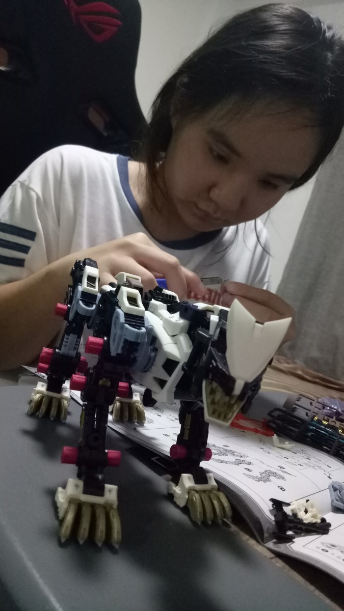 Spray paint your Zoids or Gundam for a matte or gloss finish + Invest in Ultimate Godhand Nipper and Glass Case
