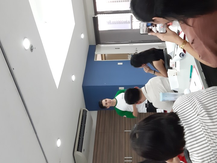 Grab PH Valentines Day Surprise in the middle of our Finance Seminar!